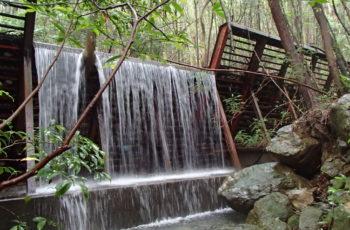 鋼製堰堤の補修設計