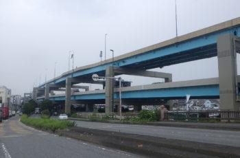 鈑桁橋(13径間)および鋼製橋脚(6基)の補修工事