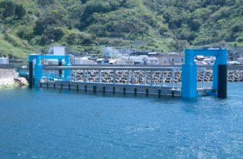 浮桟橋詳細設計(漁港 L45m×B10m×H2.4m)※上屋有り、3本杭