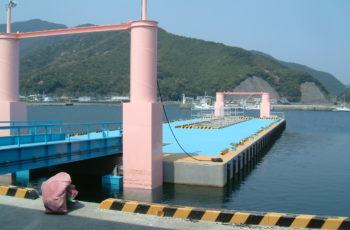 浮桟橋詳細設計(漁港 L50m×B15m×H2.7m)※生簀有り