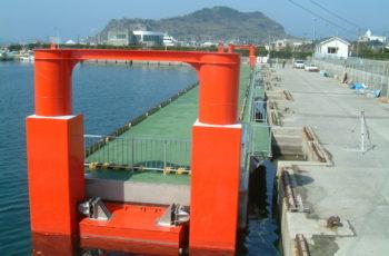 浮桟橋詳細設計(港湾 L80m×B6m×H2.6m)※張出デッキ有り